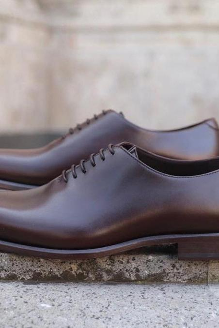 Handmade Men's brown leather shoes, Men's whole cut Lace Up Formal shoes